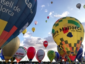 Special package hotel and balloon trip for 2!