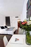DON'T MISS YOU OUR SPECIAL DISCOUNT FOR EARLY BOOKINGS. ATENEA CALABRIA APARTAMENTS 3* BARCELONA