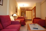 STAY 3 OR MORE NIGHTS AND ENJOY FREE PARKING! APARTHOTEL BERTRAN 3* BARCELONA