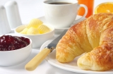 THIS SUMMER STAY 3 OR MORE NIGHTS AND ENJOY THE FREE BREAKFAST