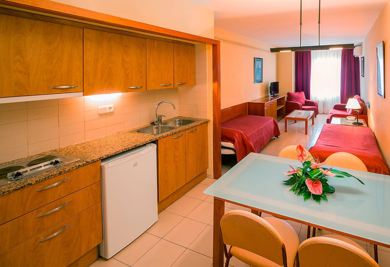Aparthotel Bertran * * *